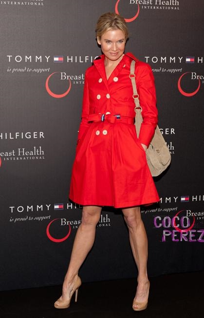 renee-zellweger-breast-health-international-tommy-hilfiger-bag-launch__oPt