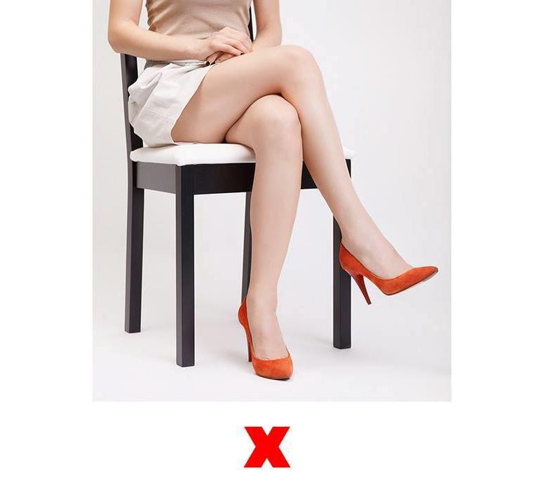 incrucisarea-picioarelor-v2
