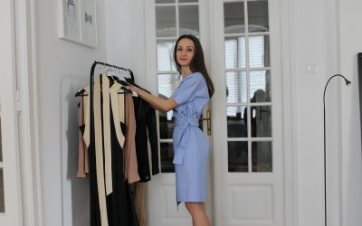 Organizarea hainelor in dressing